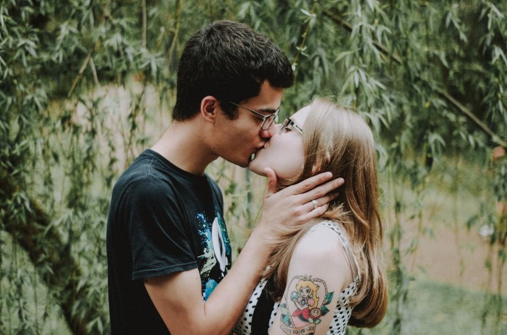 Liebeshoroskop für Donnerstag 2020-04-23 - Die Dinge entwickeln sich vielleicht heute großartig, insbesondere Liebesangelegenheiten.
