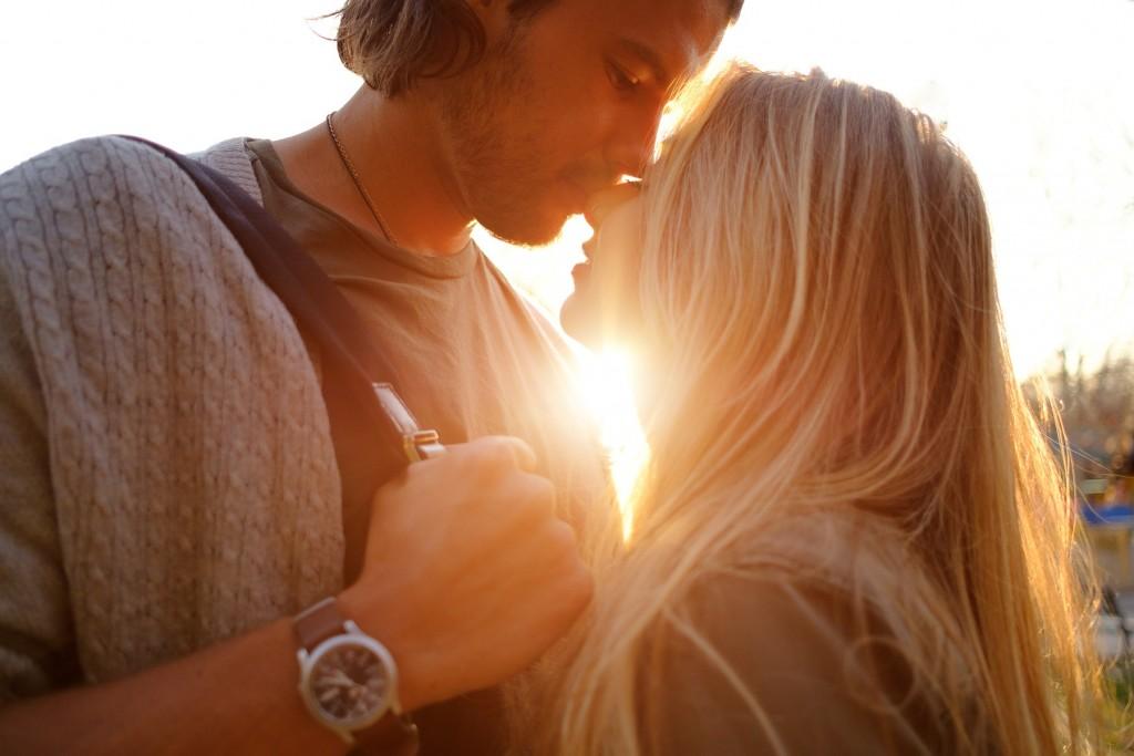 Liebeshoroskop für Sonntag 2020-06-21 - Wenn Sie Solo sind und sich nach Liebe sehnen