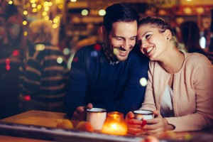 Diese 4 Sternzeichen sind glücklicher in einer Beziehung