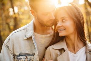 Liebeshoroskop September 2020: Der Spätsommer steckt voller Gefühle!