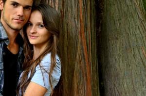 Liebeshoroskop für Montag 2020-03-09 - Heute könnte eine Beziehung ihren Charakter ändern.